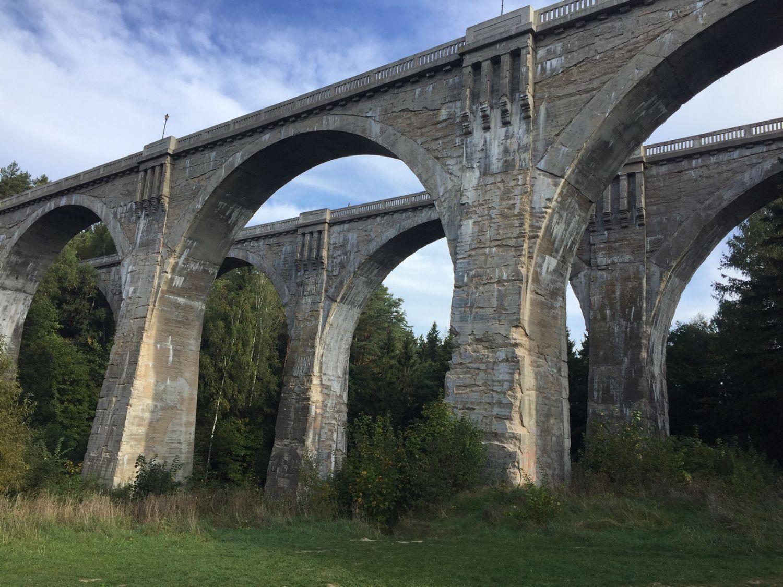 Polen camperreis oud spoorwegviaduct